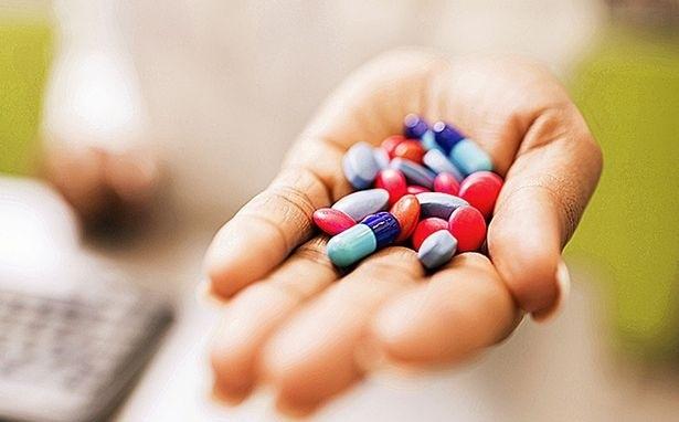 tùy tiện dùng thuốc kháng sinh sẽ gây nguy hiểm đến người tiêu dùng